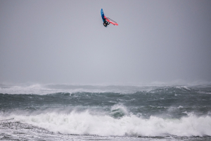 Jaeger Stone wint Red Bull Storm Chase 2019 in Ierland!